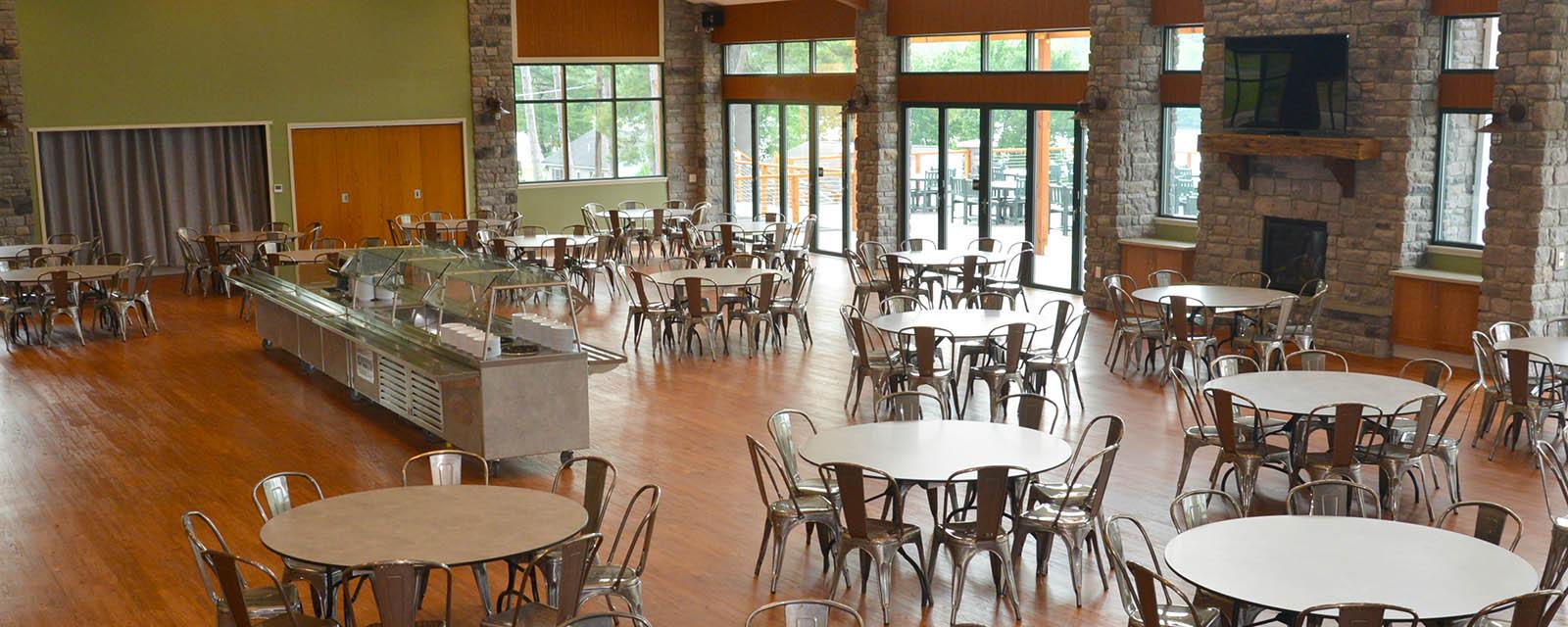dining room at Trout Lake Resorts